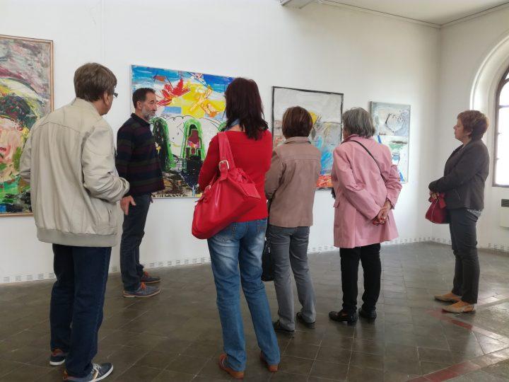Fotoreportáž z komentované prohlídky výstavy Jan Jemelka: Barva