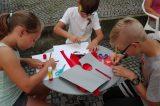 Děti si vyráběly svou vlastní medaili / fotogalerie / foto: Ivana Žáková