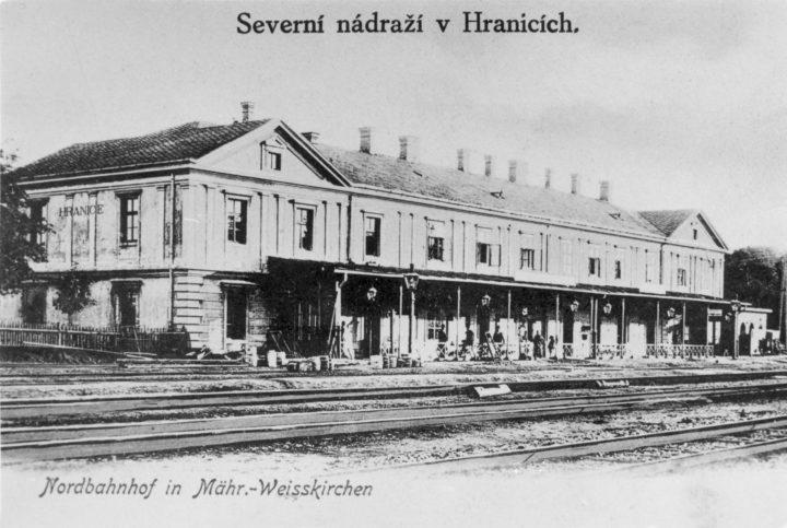 Plnou parou vpřed: na Staré radnici bude železniční ráj