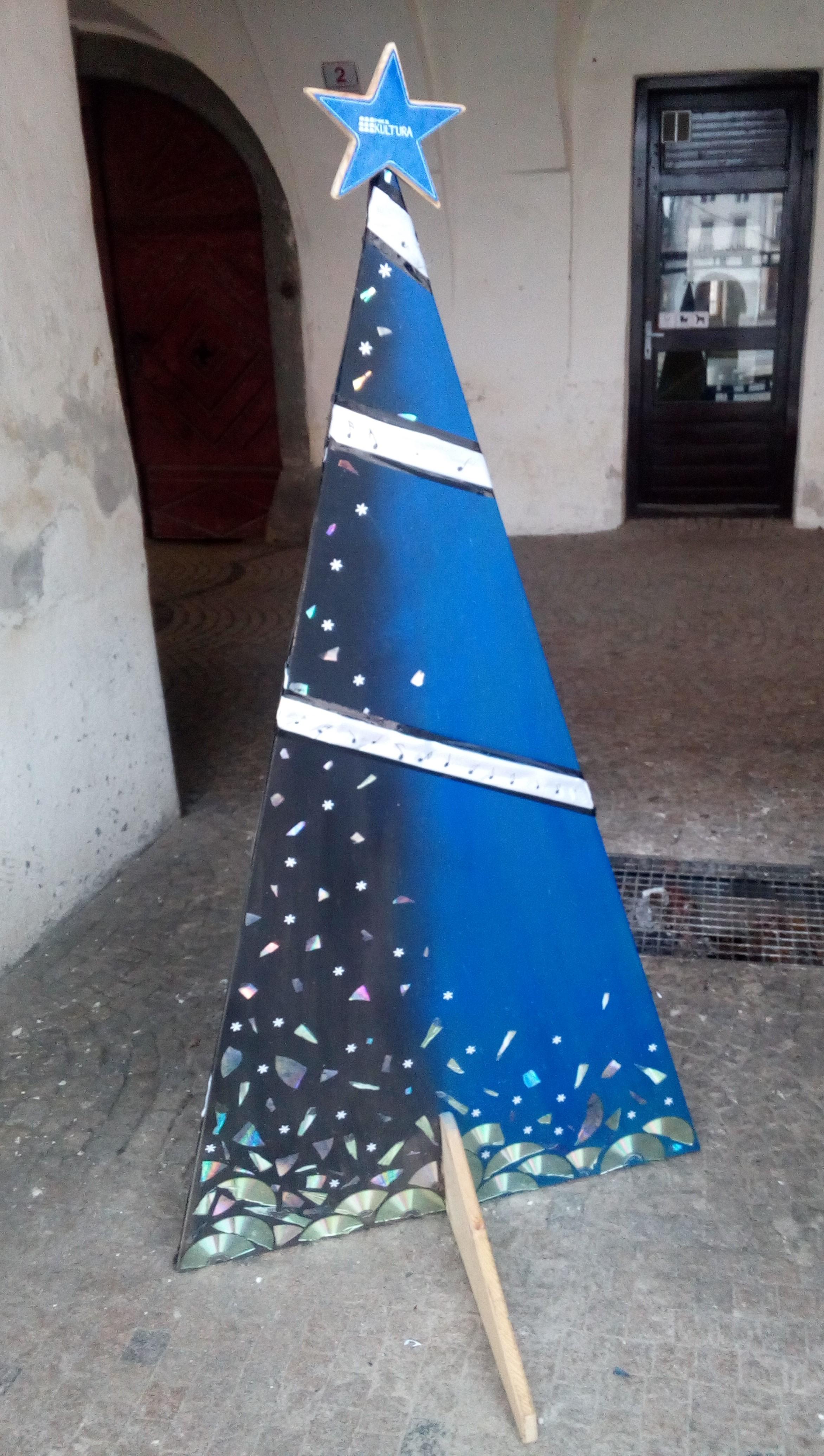 Výstava vánočních stromků / fotogalerie / Městská kulturní zařízení - středisko kultura, foto: Dagmar Holcová