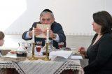 Fotoreportáž ze sederové večeře v synagoze / fotogalerie / Názorná ukázka sederové večeře v Galerii Synagoga, foto: Jiří Necid