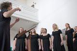 I česká píseň zazněla v podání amerického sboru / fotogalerie / Vystoupení amerického dívčího sboru Cecilia Ensemble - Grand Monadnock Youth Choirs, foto: Jiří Necid