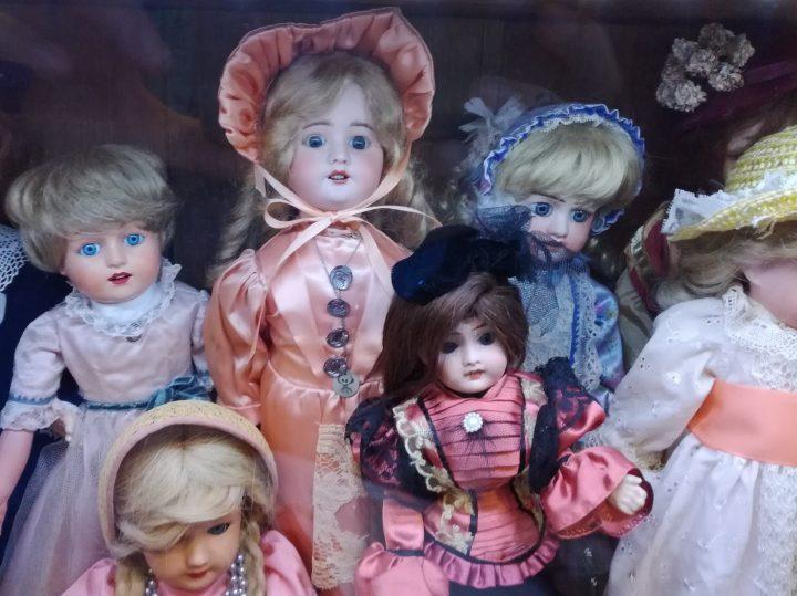 """Chystá se výstava """"Panenky, kam se podíváš"""""""