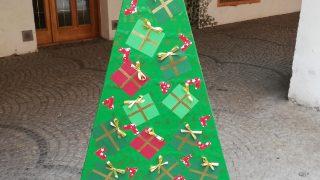 Výstava vánočních stromků / fotogalerie / Gymnázium Hranice, foto: Ivana Žáková