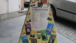 Výstava vánočních stromků / fotogalerie / Turistické informační centrum Hranice, foto: Ivana Žáková