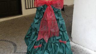 Výstava vánočních stromků / fotogalerie / Základní umělecká škola - taneční obor