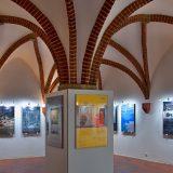 Vernisáž výstavy Jan Koráb – Plakáty a loga