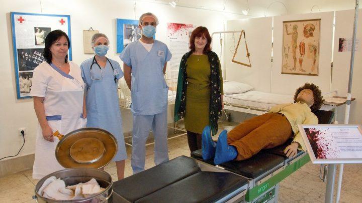 Fotoreportáž z vernisáže výstavy Nemocnice