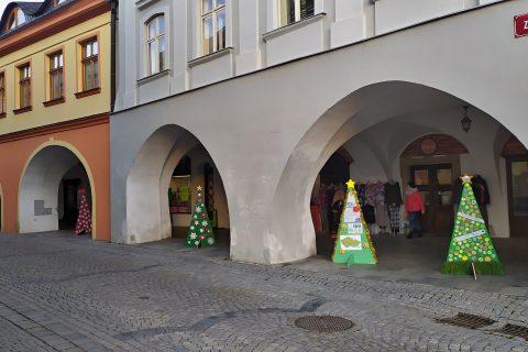 Výstava vánočních stromků