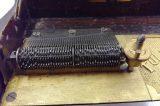 Z muzejních sbírek: Hrací skříňky / fotogalerie / Hrací hřeben s oecelovými zuby, foto: MKZ Hranice