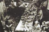 Jak vypadá Gallašova knihovna dnes / fotogalerie / Konzervování knih v 70. letech 20. století, foto: sbírky hranického muzea