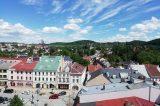 Zdolejte 122 schodů a Hranice máte jako na dlani / fotogalerie / Výhled z věže Staré radnice na centrum Hranic, foto: Kateřina Macháňová